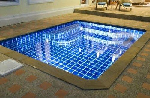 Как выбрать плитку для бассейна?